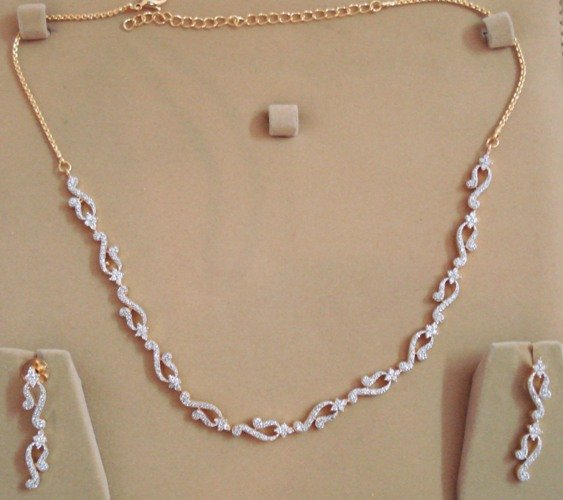 Elegant American Diamond Necklace with Free Shipping All Over World. EC14