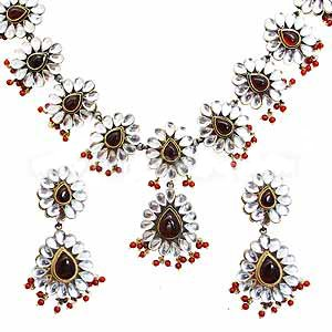 Pear Linked Kundan Choker Set in Antique Finish - S60 - Ships Free Worldwide