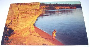 1966 Mailed Vintage Postcard-Wisconsin Dells,Beauty in the Sands