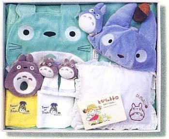 Baby Gift Set - 9 items - Baby Bid & Rattle & Cap & Socks & Pillow & Towel - Totoro (new)