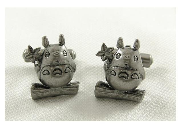 Cufflinks in Case - Brass - Antique Silver - leaf - Totoro - Ghibli - RARE (new)