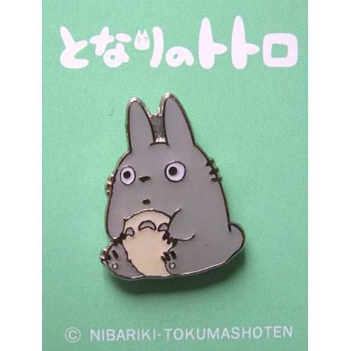 SOLD - Pin Badge - sit - Totoro - Ghibli - no production (new)