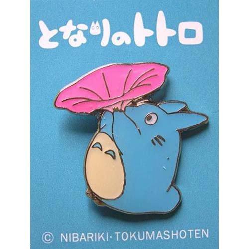 Pin Badge - Chu Totoro blowing Morning Glory - Ghibli (new)