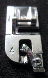 4 mm Straight/Zig-Zag Stitch Hemmer Foot for Most Elna
