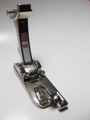 Genuine Bernina Roll / Shell Hemmer Foot *69* New Style