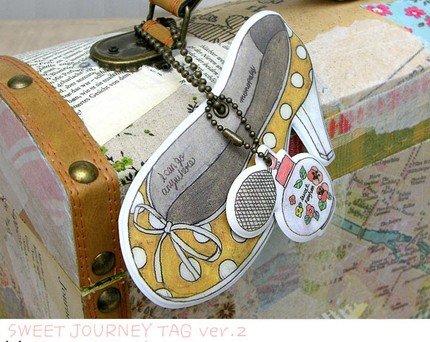 Very Pretty Yellow Polka Dots High Heel Shoes Perfume Bottle Luggage Bag Name Tag Charm