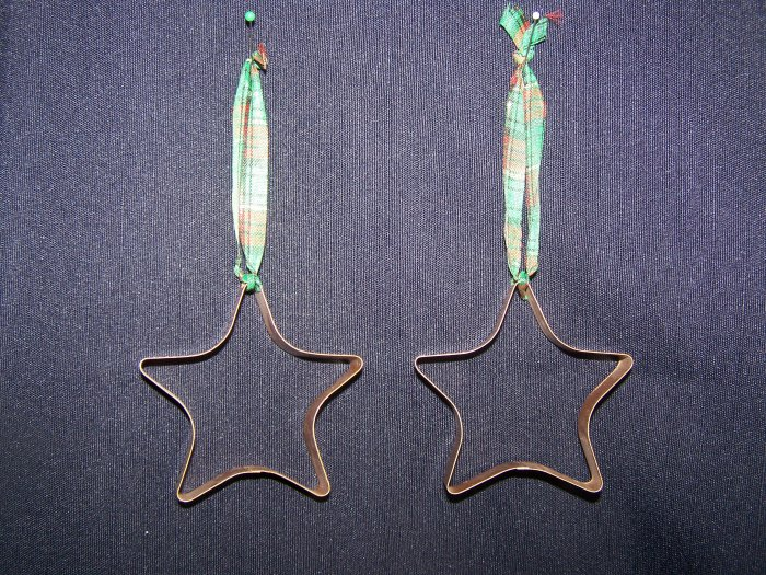2 Gold Star Cookie Cutter Country Christmas Tree Ornaments 1 Cent USA Shipping