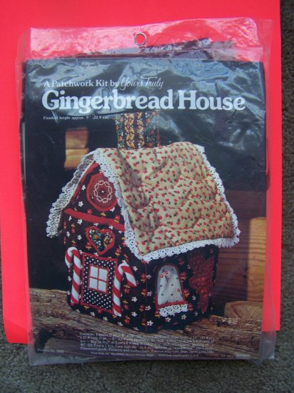 Vintage Patchwork 3 D Quilted Gingerbread Calico Fabric House Kit
