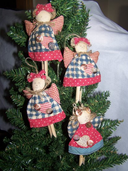4 Primitive Angel Dolls Christmas Tree Ornaments Country Clothes Pin Ornament Penny Shipping