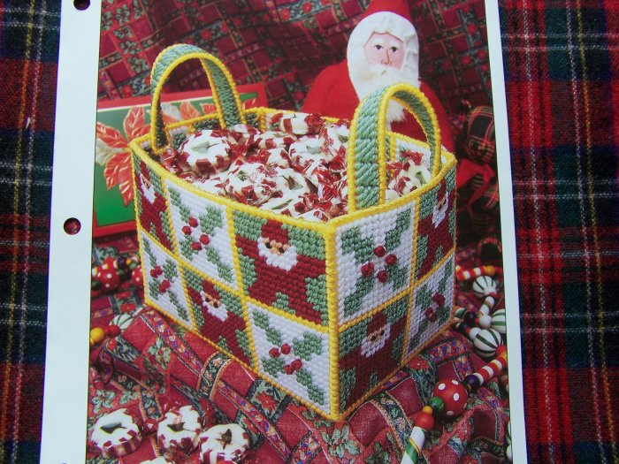 USA 1 Cent S&H Annie's Plastic Canvas Pattern Club Christmas Basket Tote Bag