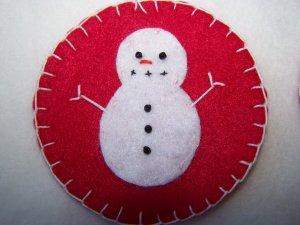 2 Red Penny Rug Felt Christmas Tree Ornaments Snowmen USA 1 Cent Shipping