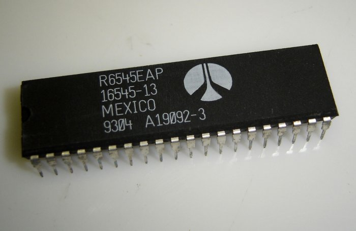 R6545EAP Rockwell 1645-13 Original IC 40P DIP 3.7mHz