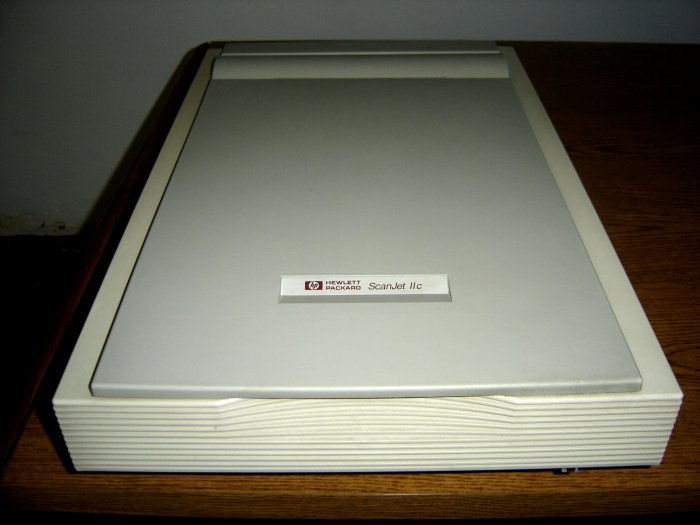 H/P Scanjet IIc Flatbed Scanner - Used In Excellent Condition
