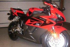 2004 Honda CBR 1000 RR Red