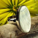 925 Sterling Silver Mother of Pearl Ring Size 6.75