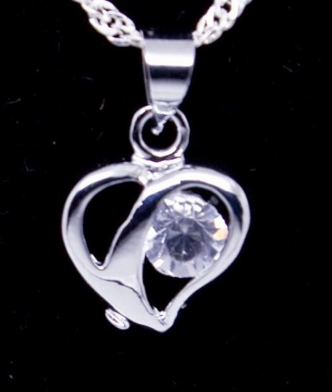 Silver Crystal Heart Pendant Necklace [style2]