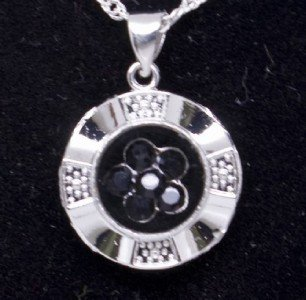 Spinning Black Crystal Flower Pendant Necklace