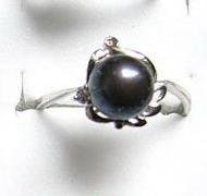 14KGP Black Freshwater Pearl Silver Rose Ring