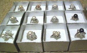 Wholesale Lot of (12) Freshwater Pearl Rings [set1]