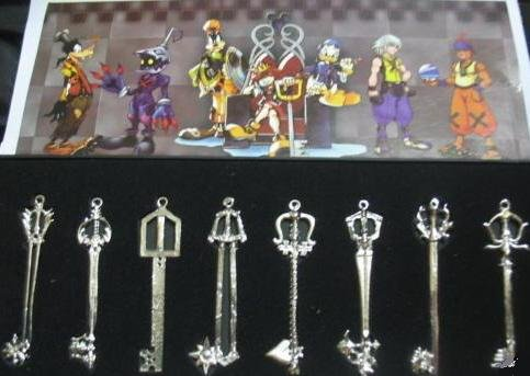 "Kingdom Hearts ""Sora's Keyblade"" 8 pendant set"