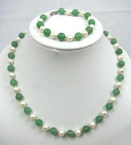Genuine Freshwater Pearl & Green Jade Necklace Bracelet Earrings Set