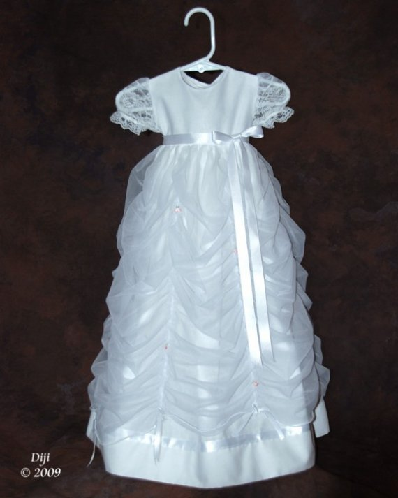 Katie Handmade Christening Blessing Gown 6-9 Months