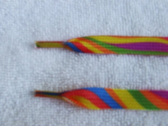 "Rainbow Shoelaces 46"" Flat 117 cm (46 inch) Gay Price Shoelaces"