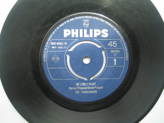 The Thunderbirds 7in Single Philips