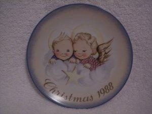 """Hummel>Berta>Schmid>1988 Christmas Collector's Series Plate """"Cheerful Cherubs"""""""