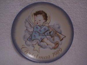 """Hummel>Berta>Schmid>1989 Christmas Collector's Series Plate """"Angelic Musician"""""""