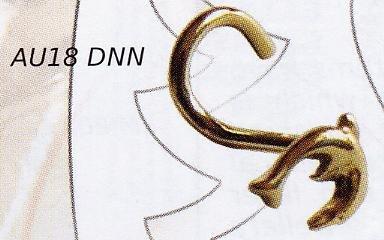Dolphin Nostril Stud 18k Gold