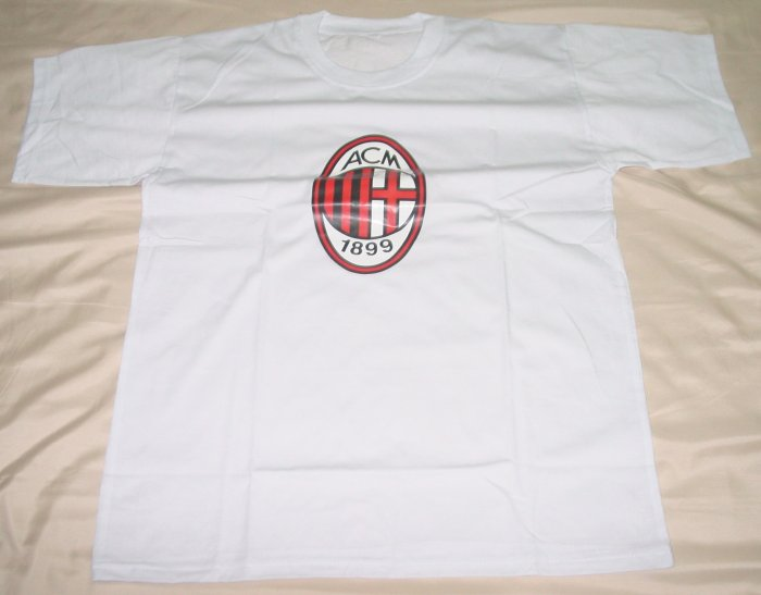 AC MILAN SOCCER T-SHIRT SIZE LARGE (EC) WE SHIP USPS