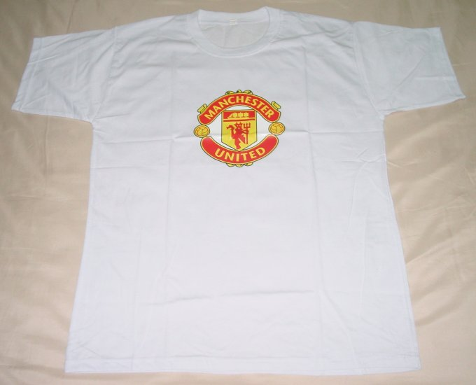MANCHESTER UNITED FC SOCCER T-SHIRT SIZE LARGE (EC) WE SHIP USPS