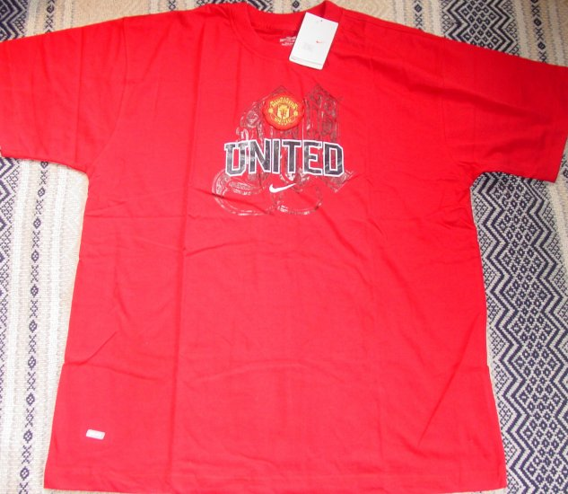 MANCEHESTER UNITED FC SOCCER T-SHIRT SIZE XL � (EC) WE SHIP USPS
