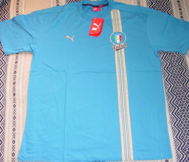 ITALY SOCCER T-SHIRT SIZE XL � (EC) WE SHIP USPS