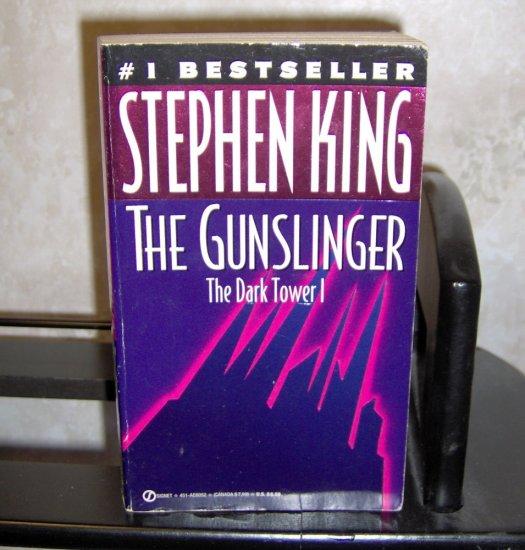 The Dark Tower I: The Gunslinger - Stephen King Paperback Novel