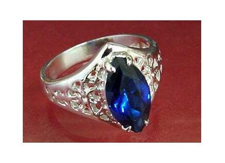 Pure sterling silver 2ct sapphire simulated ring, size 7 (sr-2)
