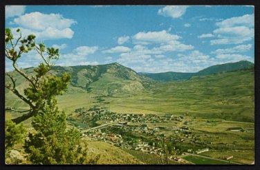 1960s(?) GARDINER, Montana - Panoramic View - Unused Postcard