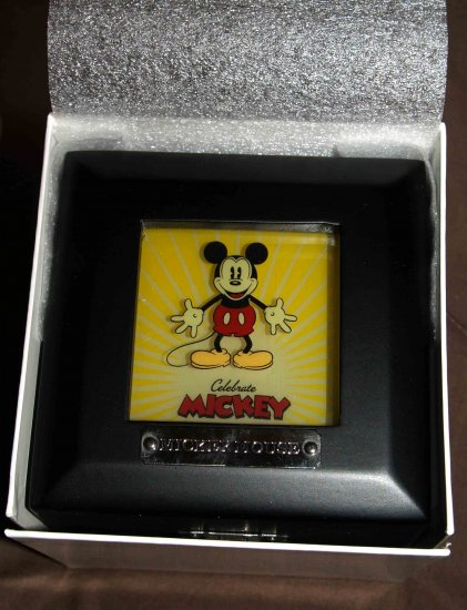 Disney Visa Mickey Mouse Watch LE 1000 (*S)