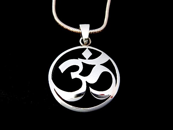 925 Sterling Silver Hindu Om Aum Buddhism Charm Pendant