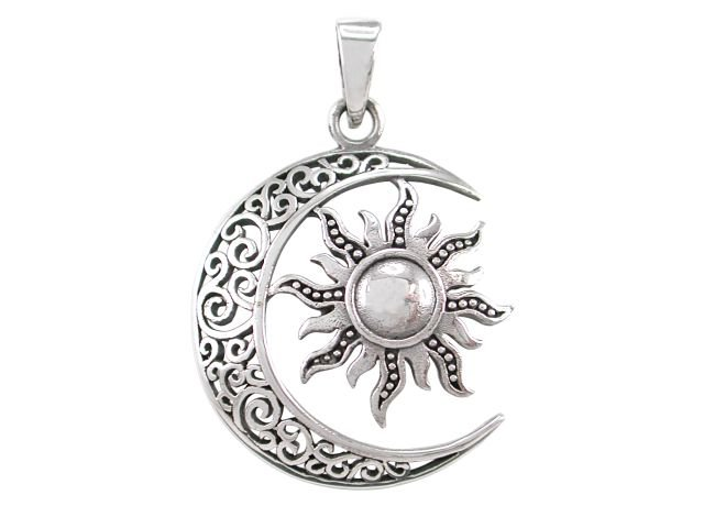 925 Sterling Silver Sun Moon Filigree Celtic Knots Knotwork Round Charm Pendant