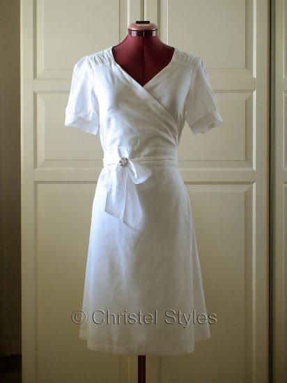 NEW Classic & Stylish White Cotton Wrap Dress Size L