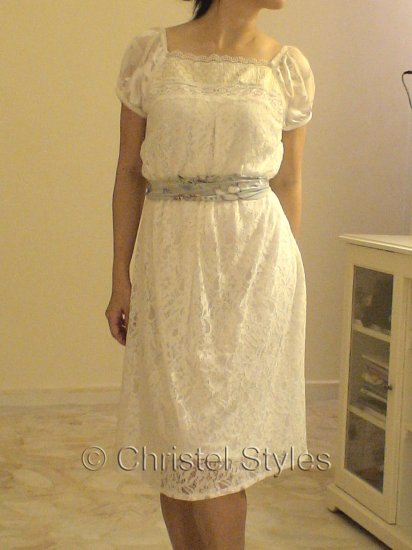 Off-White Lace Cocktail Wedding Party Dress Size 12 (was $39)