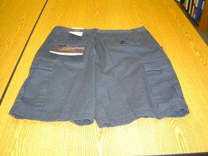 NWT sz 34 Mens Shorts