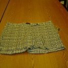 NWT sz 10 Blk & White Stretch Shorts