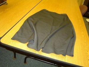 NWT sz 4 Womens Black Skirt