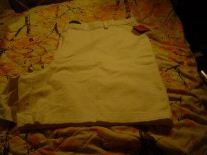 Nwt sz 18 Womens White Shorts Dockers