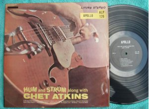 Hum and Strum along with CHET ATKINS Malaysia Apollo LP 120 (133)