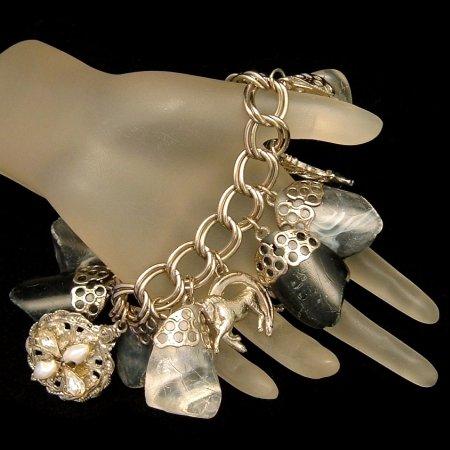 Vintage Chunky Large Charm Bracelet Lucky 4 Leaf Clover Horse Shoe Thistle