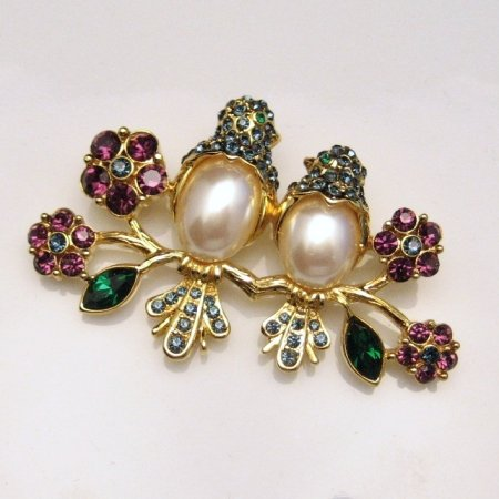 TRIFARI Brooch Pin RARE DATED Figural Pearl Belly Birds Blue Green Purple Rhinestones